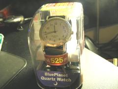 安モンの腕時計 :: 安モンだけど、俺様にとってなにより大切なブランド。等しい絆で今でもつながっていんだっていう思いをこめた。